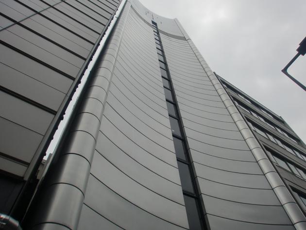 大阪市某企業自社ビル 洗い工事