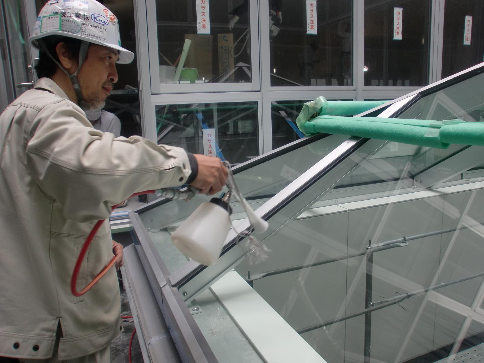 奈良県 天理市 某企業トップライト ハイドロテクトガラスコーティング